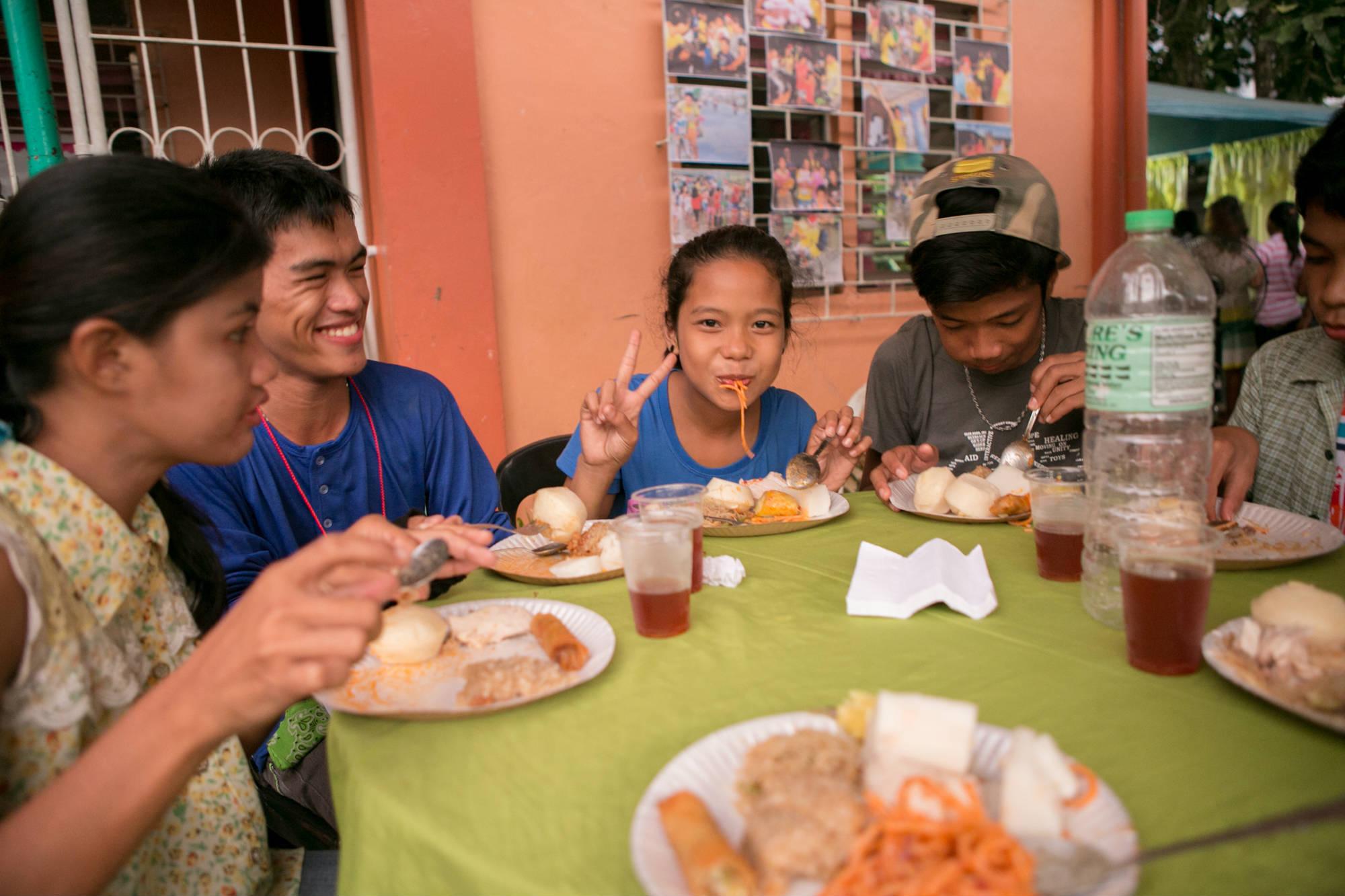 20141109_tacloban_S-100