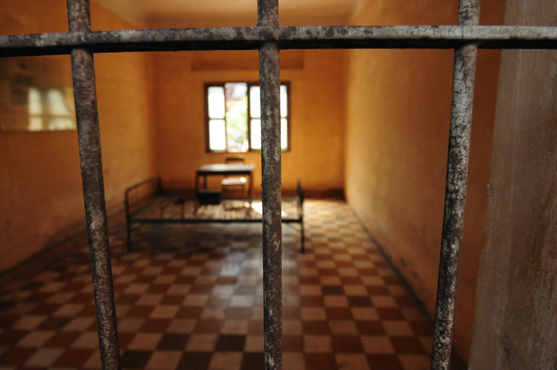 拷問部屋。当時の血の跡が今も残っています。